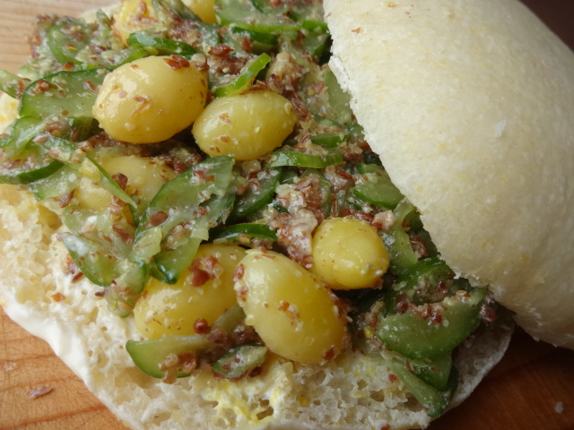 Kyuri Ginnan Sandwich (6).JPG
